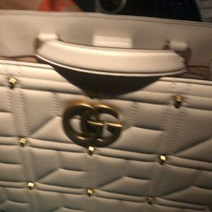 Gucci purse serial number 443505525040 3,200$ new